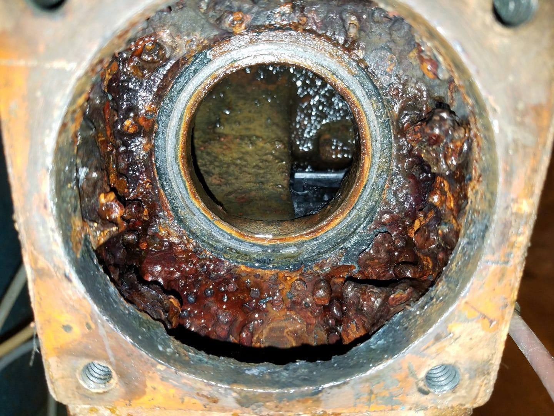 bruner d180 scaled valve, industrial softener scaling, bruner d180 valve replacement